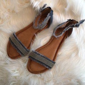 Denim sandals, new!